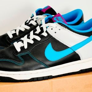 Nike Dunk Low CL Size 9.5 Neo Turquoise 318019-041